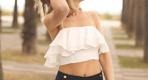 Di sí al crop top este verano con la moda de las camisetas cortas