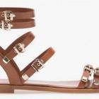 Últimas tendencias en zapatos: Stradivarius cuentan con sandalias, cuñas y tacones de moda