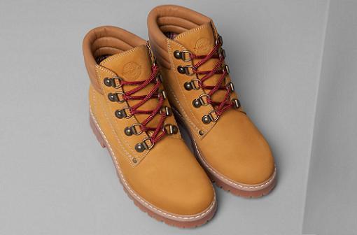 Zapatos Pull and Bear otoño invierno 2014 2015: botines de montaña, mocasines, botas, oxford...