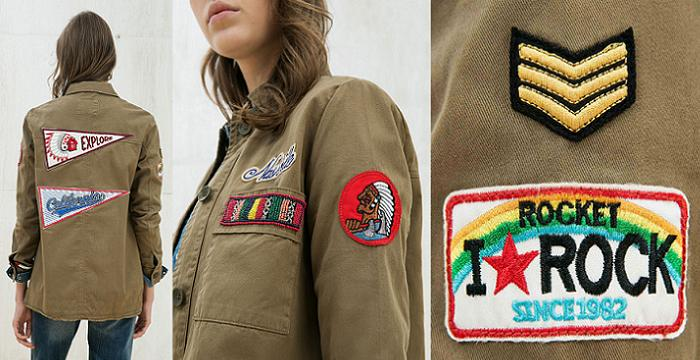chaqueta militar mujer moda low cost verde con parches